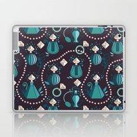 Diamonds and pearls Laptop & iPad Skin