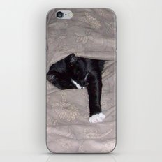 Snoozysleepy iPhone Skin
