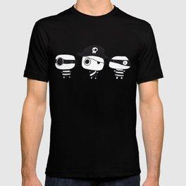 Three Pirates, Black T-shirt