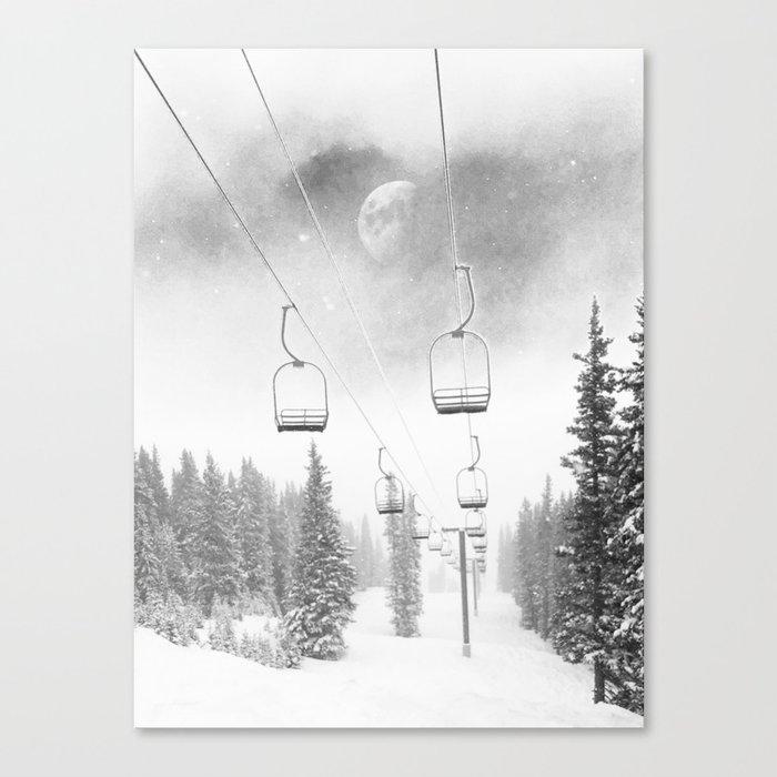 Ski Lift Moon Break // Riding the Mountain at Copper Colorado Luna Sky Peeking Foggy Clouds Leinwanddruck