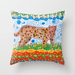 Leopard in the grass Throw Pillow