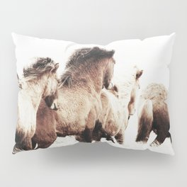 WILD AND FREE 2 - HORSES OF ICELAND Pillow Sham