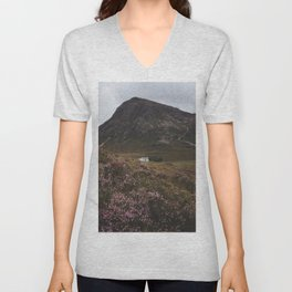 The moorland house - Landscape and Nature Photography Unisex V-Neck