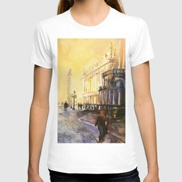 Lion of San Marco statue in Piazza di San Marco at dawn- Venice, Italy T-shirt