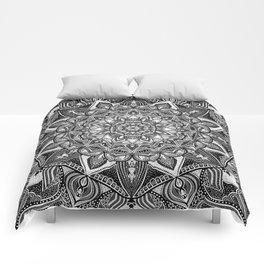 Black and white mandala Comforters