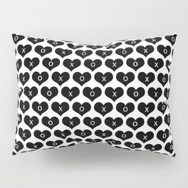 hearts with xo Pillow Sham