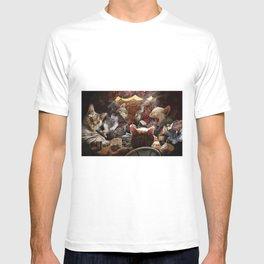 Cats play poker T-shirt