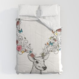 Deer with magnificent antlers and lavish ornaments Comforters
