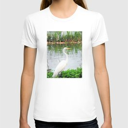 The Great White Egret:) (pointillism) | Large White Bird | Nature Photography T-shirt
