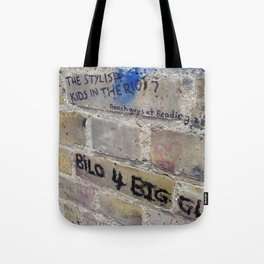 Hare Row - Bilo 4 Biggles Tote Bag