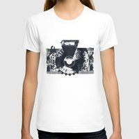 camera T-shirts featuring Camera by Lucas del Río