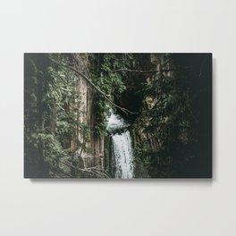 waterfall v Metal Print