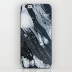 untitled (3189 blck and white) iPhone Skin