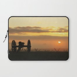 Sunrise on a foggy Battlefield Laptop Sleeve