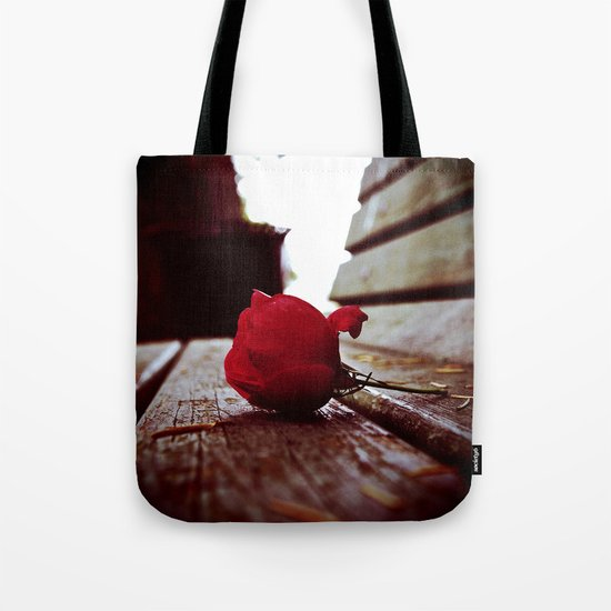Park bench rose Tote Bag