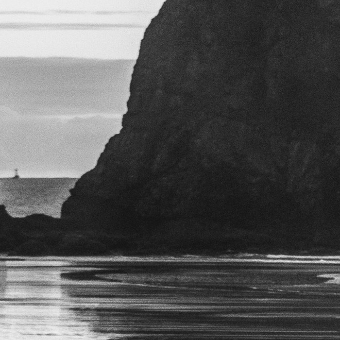 Cannon Beach Sunset - Black and White Nature Photography Leggings