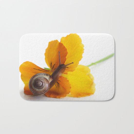 Little snail loves flowers Bath Mat