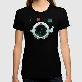 Retro vintage leather camera T-shirt