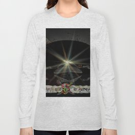 Pirates in the canal tunnel Long Sleeve T-shirt