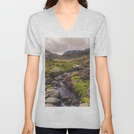 Cwm Idwal Snowdonia Eryri Walk Mountain Heather Wales Unisex V-Neck