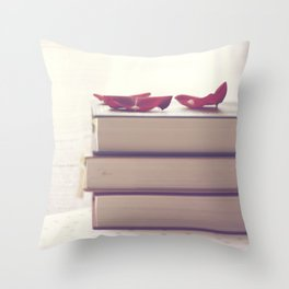 Vintage books Throw Pillow
