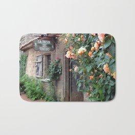Old house & roses Bath Mat