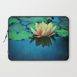 waterlily textures Laptop Sleeve
