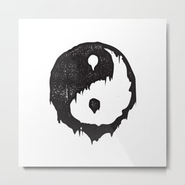 Ying Yang / Dark Light Metal Print