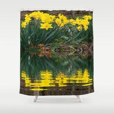 YELLOW DAFFODILS WATER REFLECTION PATTERN Shower Curtain