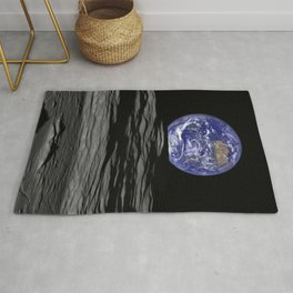 Earthrise over Compton crater Rug