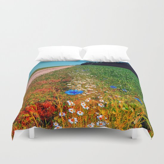 Summer flowers along the trail Duvet Cover