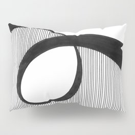 Line in Motion Pillow Sham