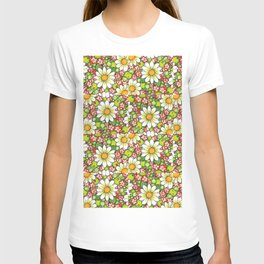 Christmas Daisy and Berries Pattern T-shirt