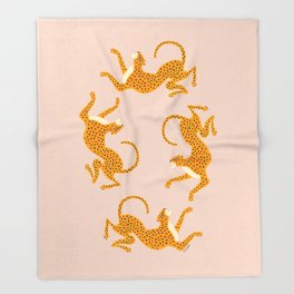 Leopard Race - pink Throw Blanket