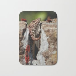 The random Lizard Bath Mat