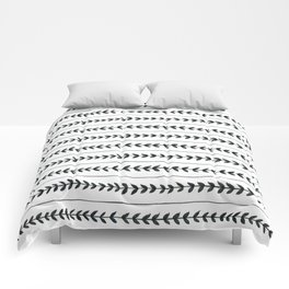 Laurel stripe - back and forth Comforters