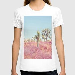 Surreal Desert - Joshua Tree Landscape Photography T-shirt