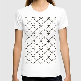 Floral Geometric Pattern Black and White T-shirt