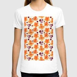 Flower scattering T-shirt