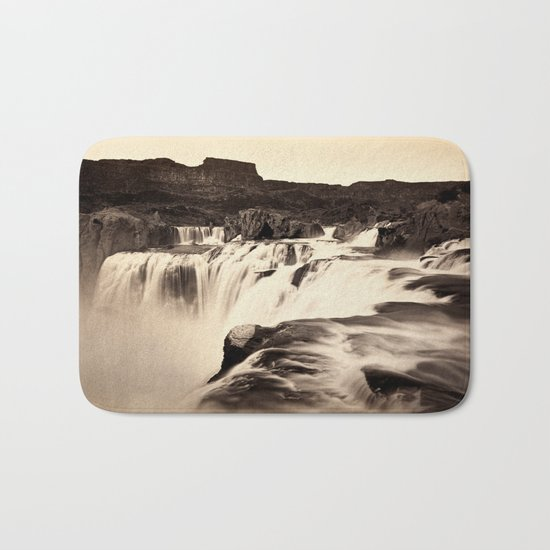 Vintage Waterfall Bath Mat