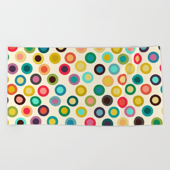 ivory pop spot Beach Towel
