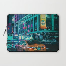Taxi in the City (Color) Laptop Sleeve