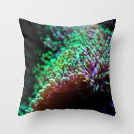 microscopic colours Throw Pillow