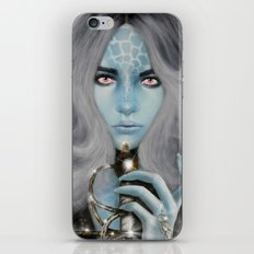 Alien warrior girl iPhone & iPod Skin