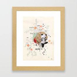 viento oso Framed Art Print