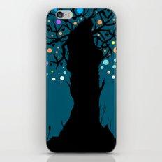 The tree. iPhone Skin