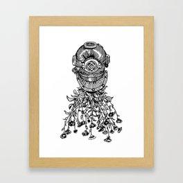Daisy Diver Framed Art Print