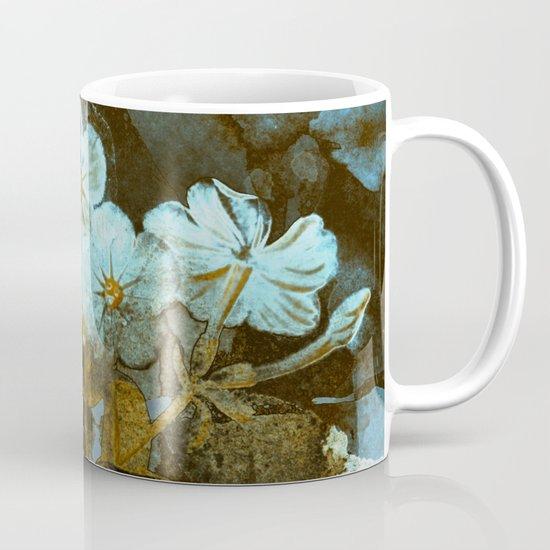 Fower in winter Coffee Mug