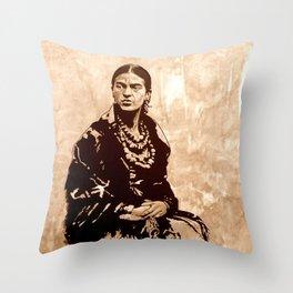 FRIDA - the mistress of ARTs - sepia version Throw Pillow