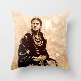 FRIDA - the mistress of ARTs - sepia version Throw Pillow